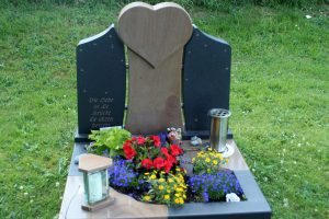 Urnengrab modern